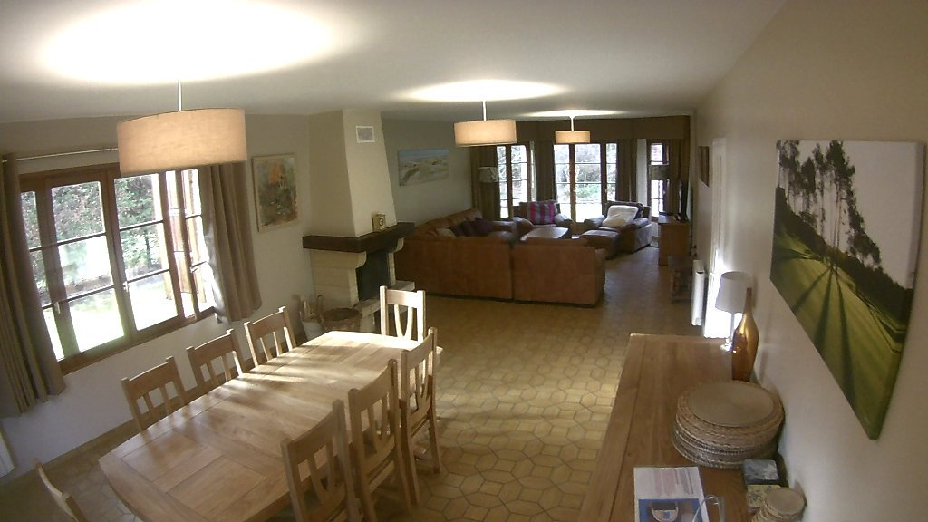 Les Jumeaux Dining Table Le Touquet Self Catering