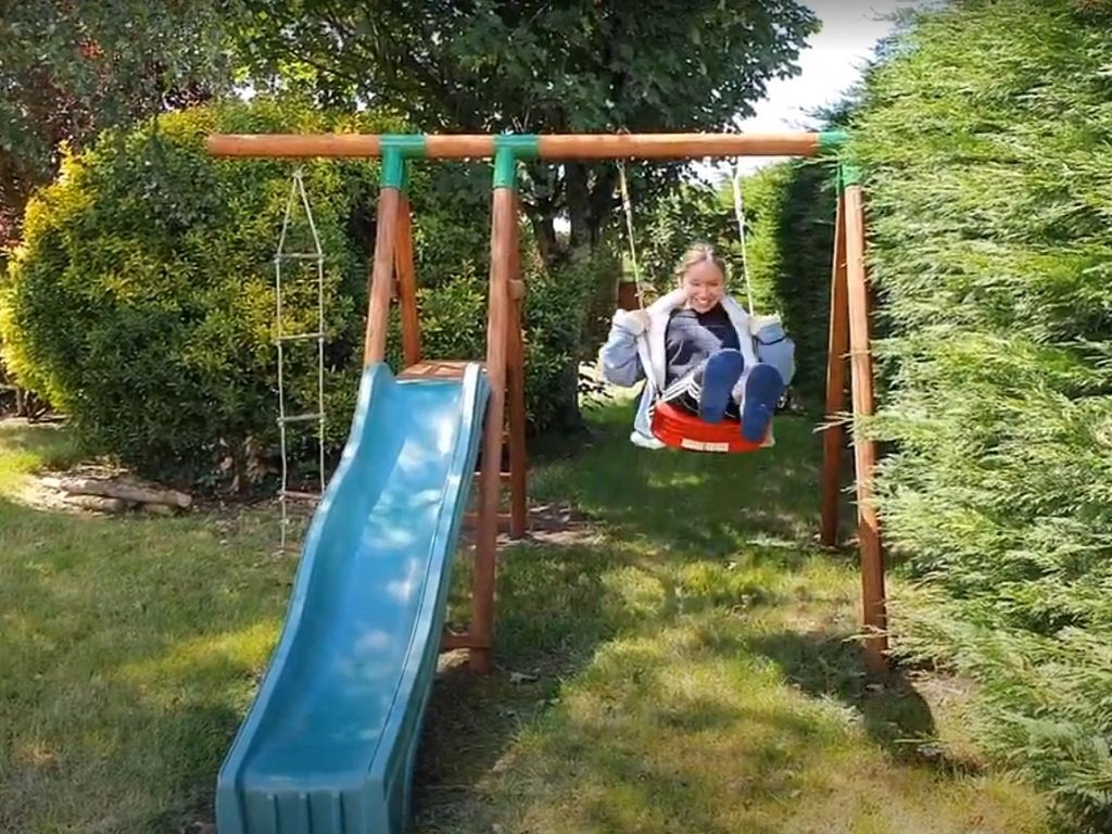 St Josse Farmhouse Swings